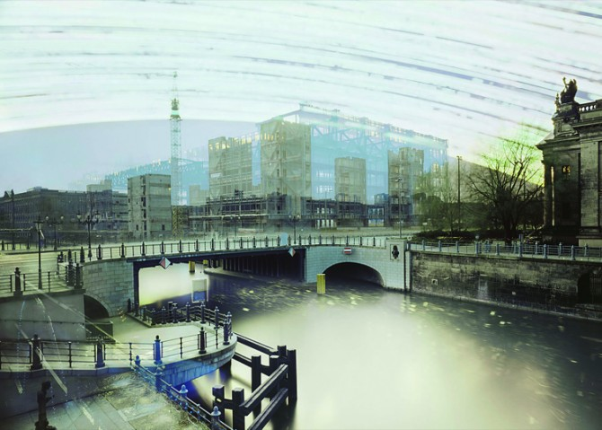 Fahnemann Projects © Michael Wesely: Palast der Republik, Berlin (28.6.2006 - 19.12.2008), 2008